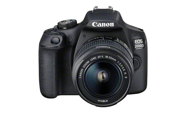 Canon EOS 2000D - Front med objektiv